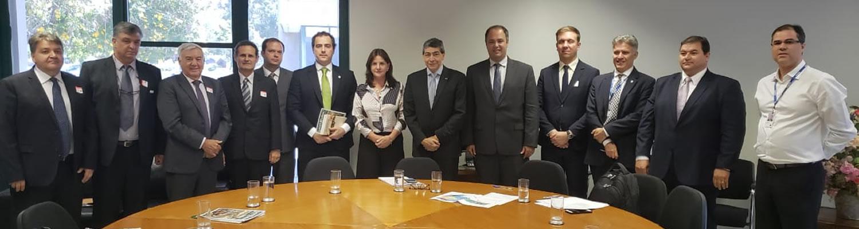Solução de impasse entre produtores rurais catarinenses e IBAMA avança em Brasília