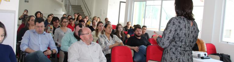 Realizada a 1º reunião de estudos e trabalhos do Comitê Gestor da Educação de Joaçaba