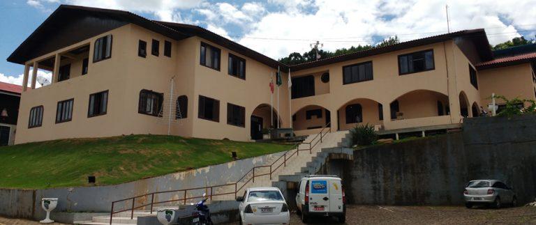 Prefeitura de Pinheiro Preto terá atendimento diferenciado até o final de abril