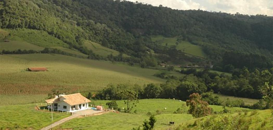 Santa Catarina investirá R$ 2,3 milhões na regularização fundiária de 9.500 imóveis rurais