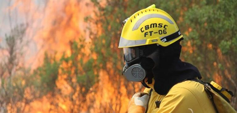 Bombeiros militares de SC se deslocam para combater incêndios no Mato Grosso do Sul