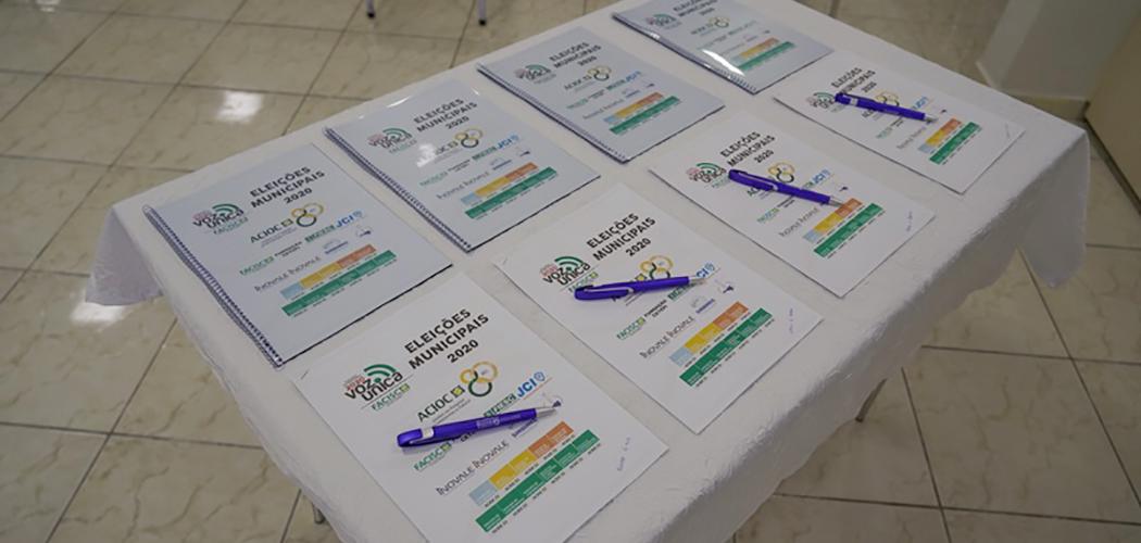 ACIOC entrega documento Voz Única para candidatos a prefeito de Joaçaba, Herval d' Oeste e Luzerna