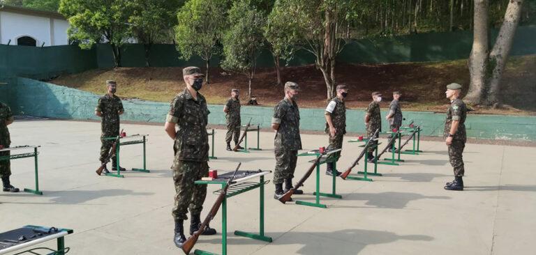 Joaçaba: Tiro de Guerra recebe visita  do Comando da 5ª Região Militar