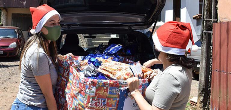 Unoesc entrega doações da Campanha Natal do Bem em Joaçaba