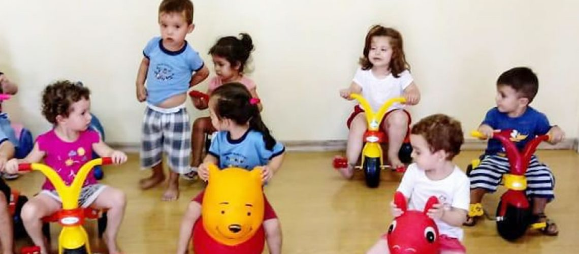 Cento e quarenta crianças estão sendo atendidas em caráter especial/Foto: Assessoria de Imprensa