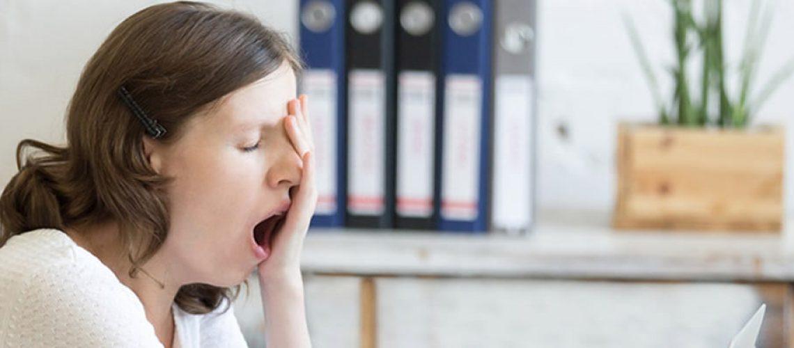 Privação de sono afeta capacidade de atenção e concentração