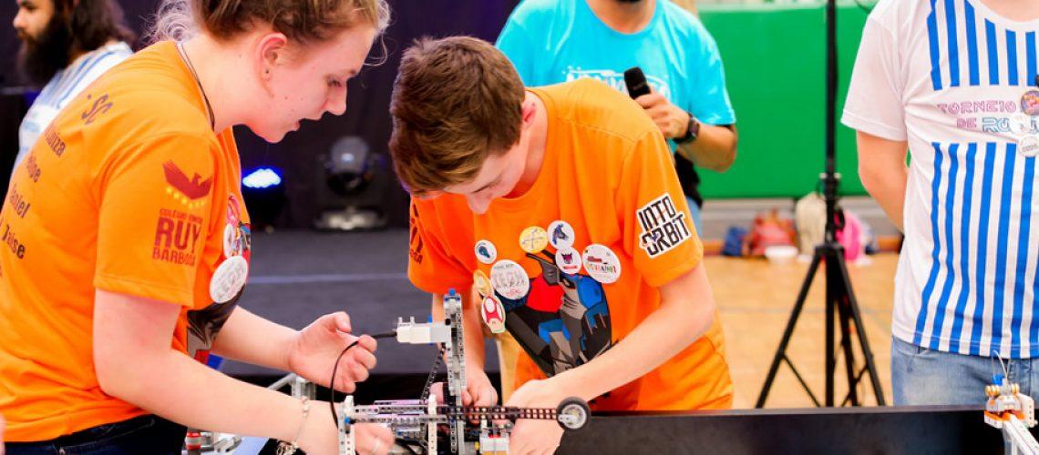 Currículo das escolas do SESI já inclui o ensino da robótica