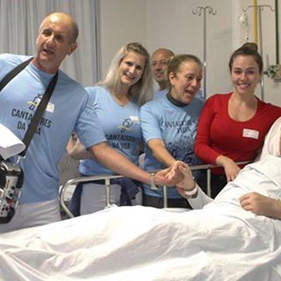 Cantadores levaram música e alegria aos pacientes do HUST/Foto: Assessoria de Imprensa