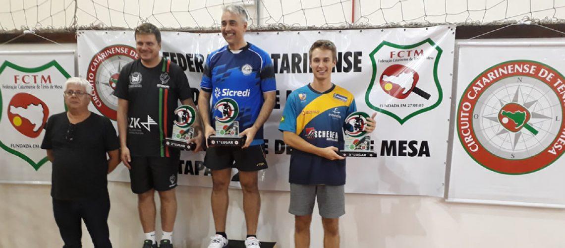 Os mesatenistas da equipe joaçabense conquistaram 14 medalhas