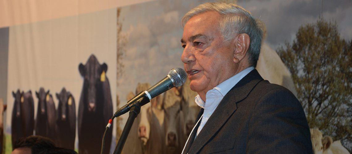 José Zeferino Pedrozo - Presidente da Federação da Agricultura e Pecuária do Estado (FAESC)