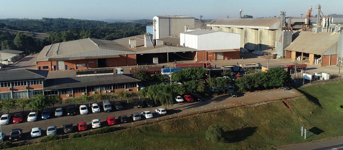 A Coocam iniciou suas atividades no dia 21 de janeiro de 1993, a partir da experiência e iniciativa de um grupo de 48 produtores