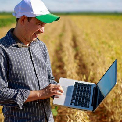 Orçamento do Governo prevê levar internet ao produtor que ainda não tem acesso a essa tecnologia/Foto: Wenderson Araujo/CNA)