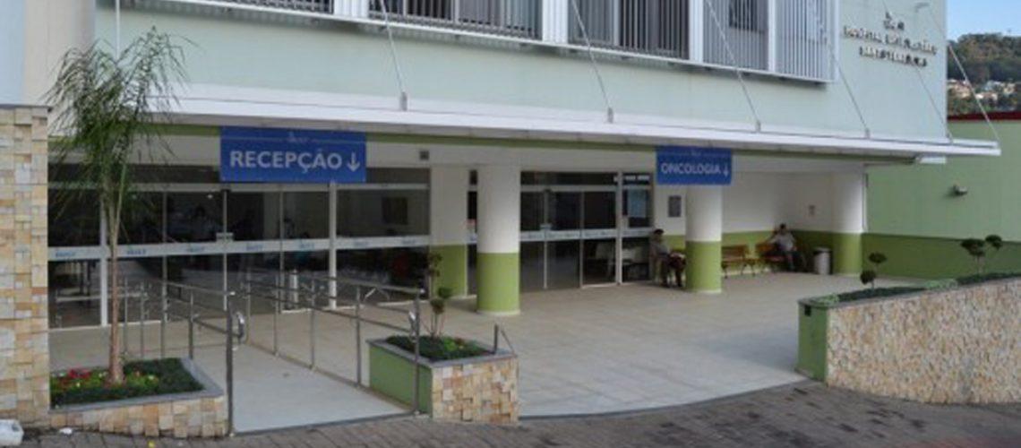 O diretor geral do HUST, Alciomar Marin, agradeceu o empenho do senador Jorginho Mello, que é parceiro do hospital e tem prestado grande auxílio junto ao Ministério da Saúde