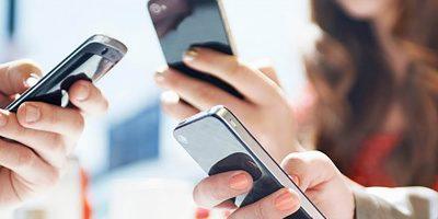A maioria acessa a internet pelo celular/Foto: Divulgação Internet