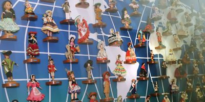 Coleção de Bonecas do Mundo