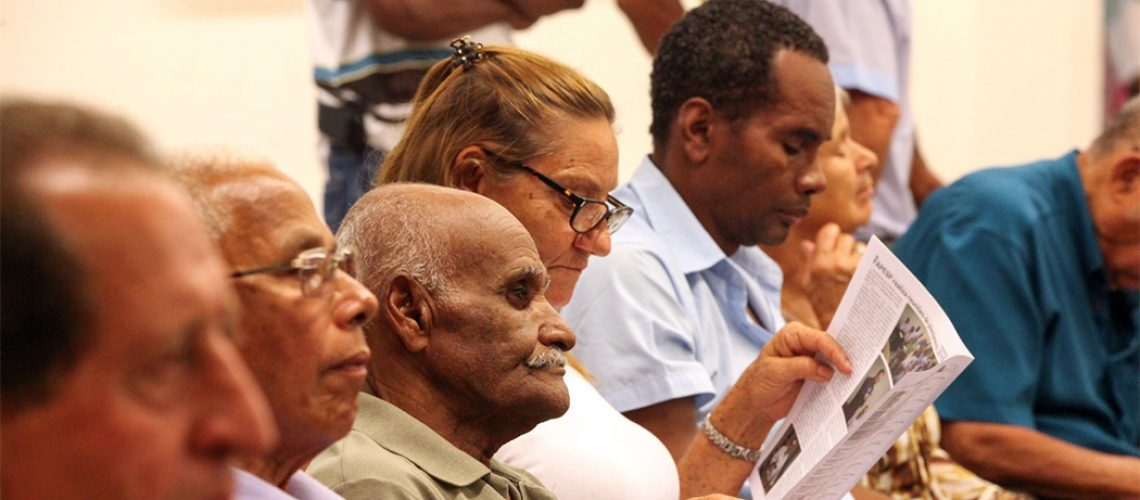Pela regra geral aprovada, os trabalhadores urbanos se aposentarão a partir dos 62 anos (mulheres) e 65 anos (homens)/Foto: Internet