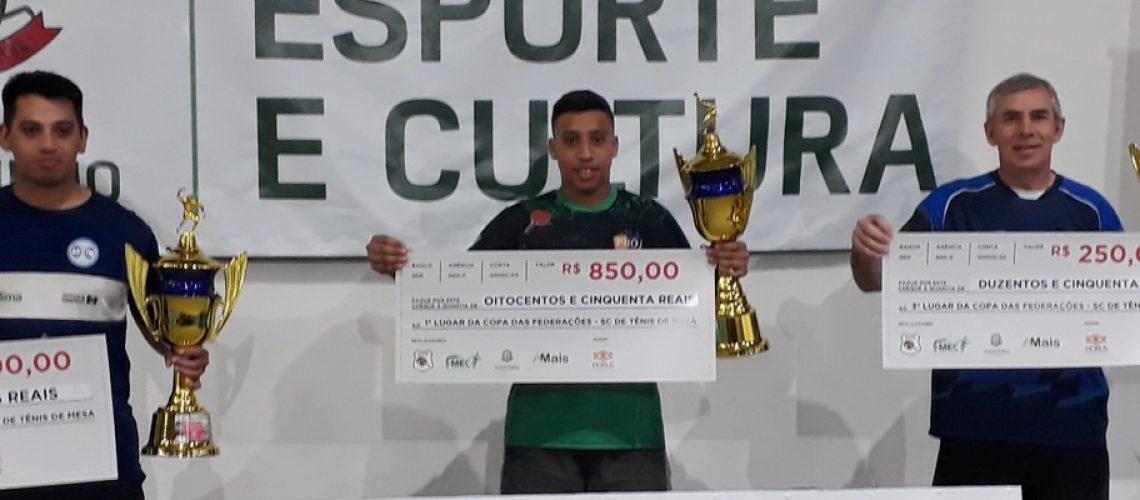 Pódio Copa das Federações de Tênis de Mesa Joaçaba campeã geral/Foto: Assessoria de Imprensa