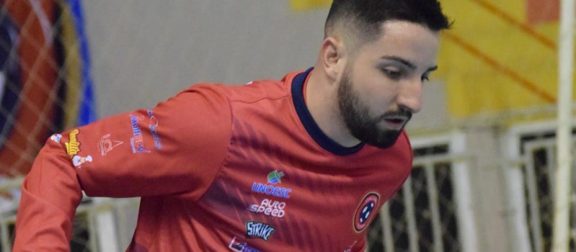 O ala Diogo da Rosa Schlemper reforça o elenco nas disputas da Liga Nacional de Futsal (LNF)/Foto: Assessoria de Imprensa
