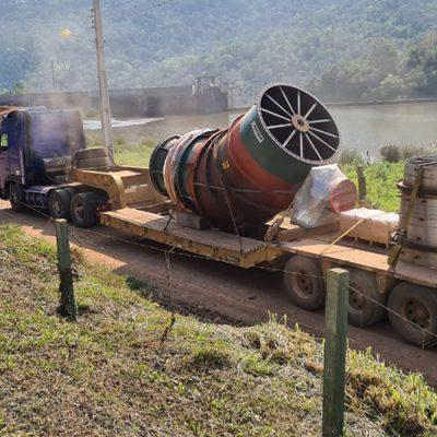 A chegada das turbinas no mês de setembro mantém firme o propósito de iniciar a geração em março de 2021