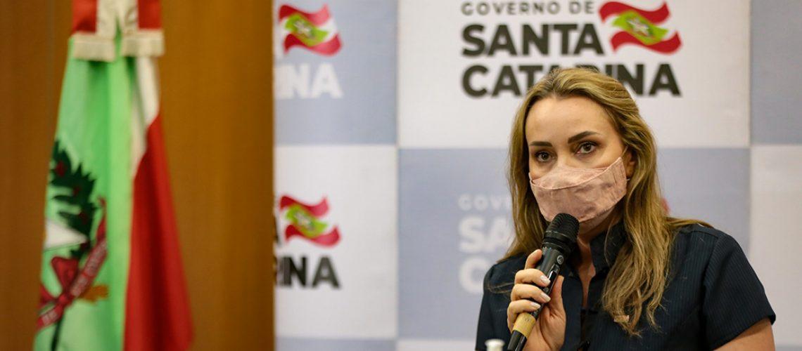 Daniela Reinehr afirmou que priorizará as ações de saúde durante seu período no comando do Estado/Foto: Mauricio Vieira/Secom