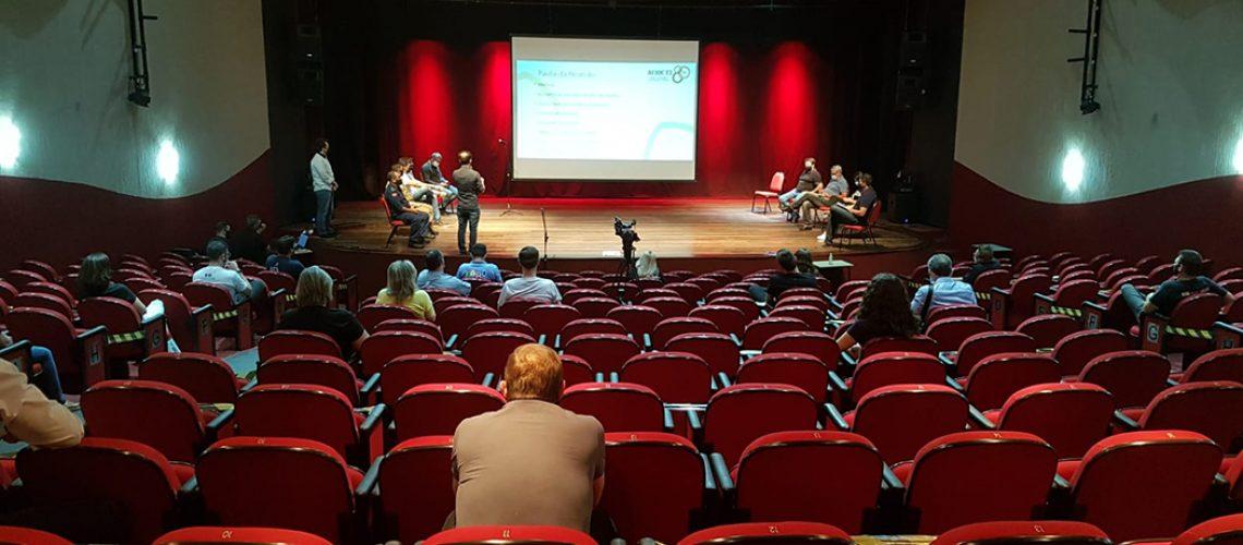 Na reunião foi definida uma comissão formada por representantes das diversas entidade