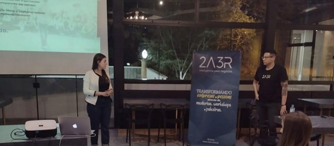 A capacitação foi ministrada pelo mentor de negócios da empresa 2A3R, Diego Silva