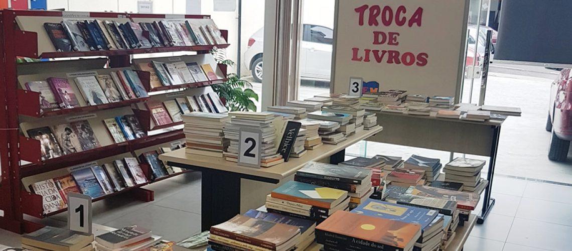 O horário de atendimento da Biblioteca Pública Municipal é das 7h30 às 18h30
