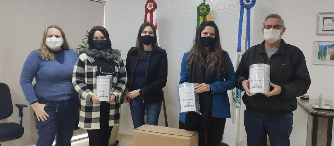 Foram doados 280 protetores faciais para as Secretarias de Educação e de Saúde/Foto: Assessoria