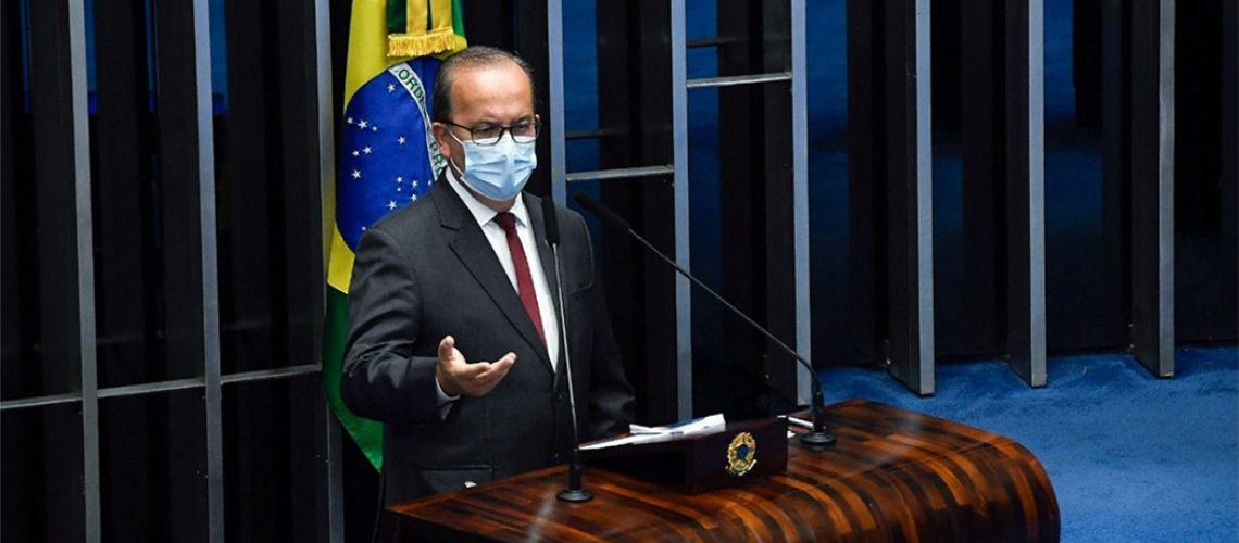 O senador catarinense Jorginho Mello (PL/SC) cobrou da Câmaras dos Deputados a votação de cinco projetos