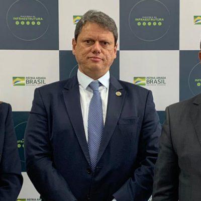 O anúncio foi feito em audiência, na tarde desta terça-feira (23), com o senador Jorginho Mello (PL) e a deputada federal Caroline De Toni (PSL), no Ministério da Infraestrutura