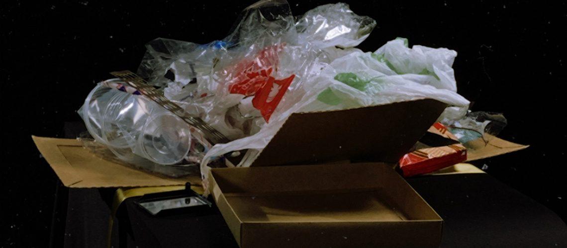 O objetivo da campanha é chamar a atenção relevância de seu tema, nesses tempos em que o plástico se tornou protagonista da nossa história