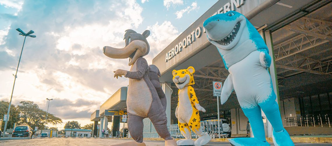 Blue Park apresenta novos personagens que são a cara do maior parque aquático do sul do Brasil