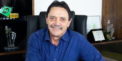 ara o presidente da OCESC, Luiz Vicente Suzin, ao longo desses 49 anos, a entidade representou e defendeu os interesses das cooperativas catarinenses