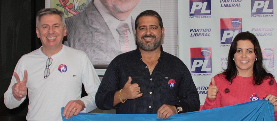 Ex-prefeito Binho, Mauri de Lima e Fabiane Biazzi