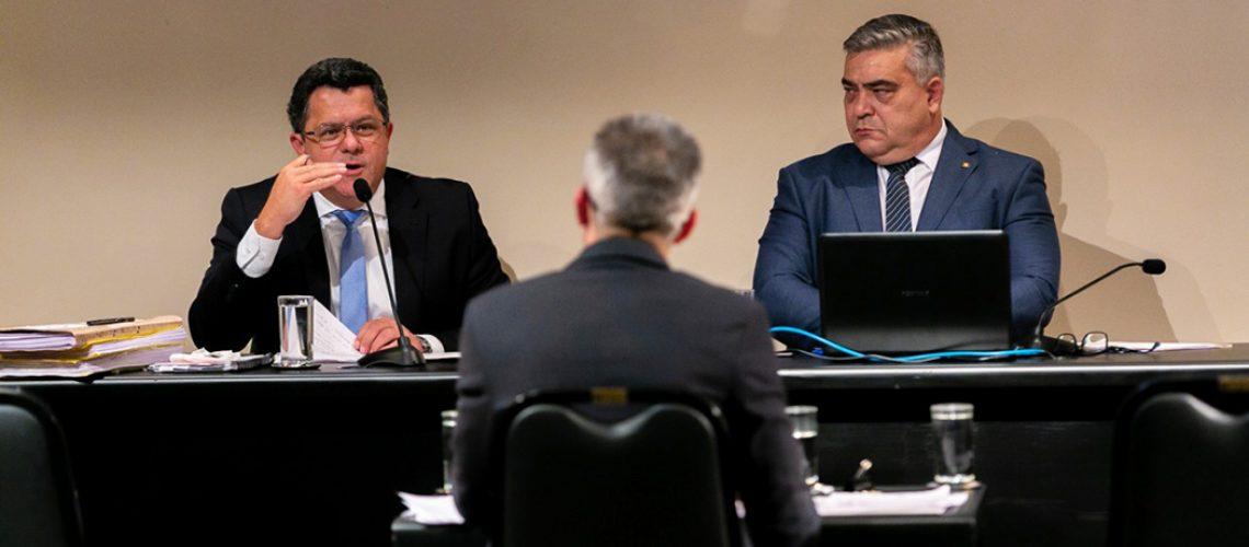 Presidente e Relator da CPI dos Respiradores, deputados Sargento Lima e Ivan Naatz coordenam os trabalhos/Foto: Fábio Queiroz/Agência Alesc