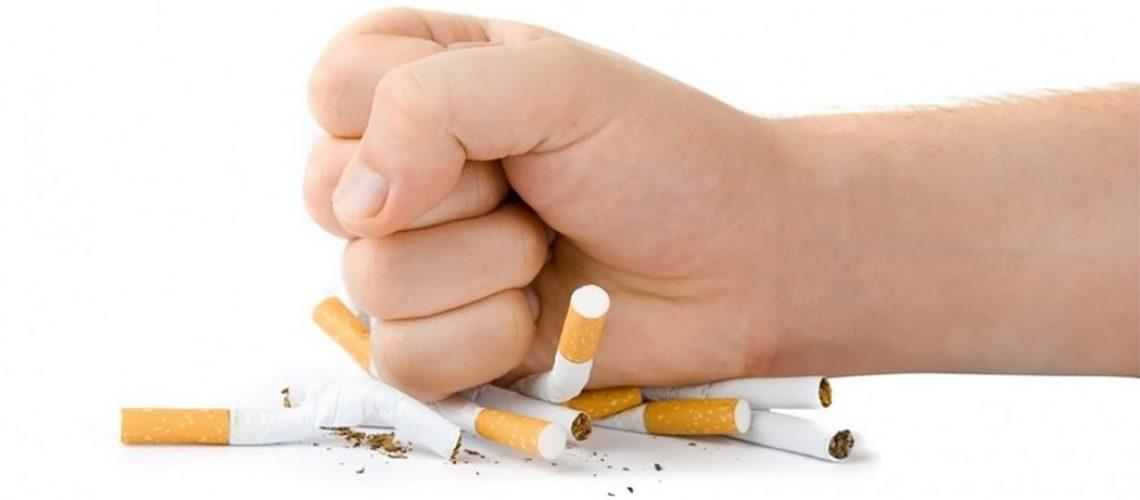 No Brasil, são estimadas cerca de 156 mil mortes anuais (428 mortes por dia) devido ao tabagismo/Foto: Internet