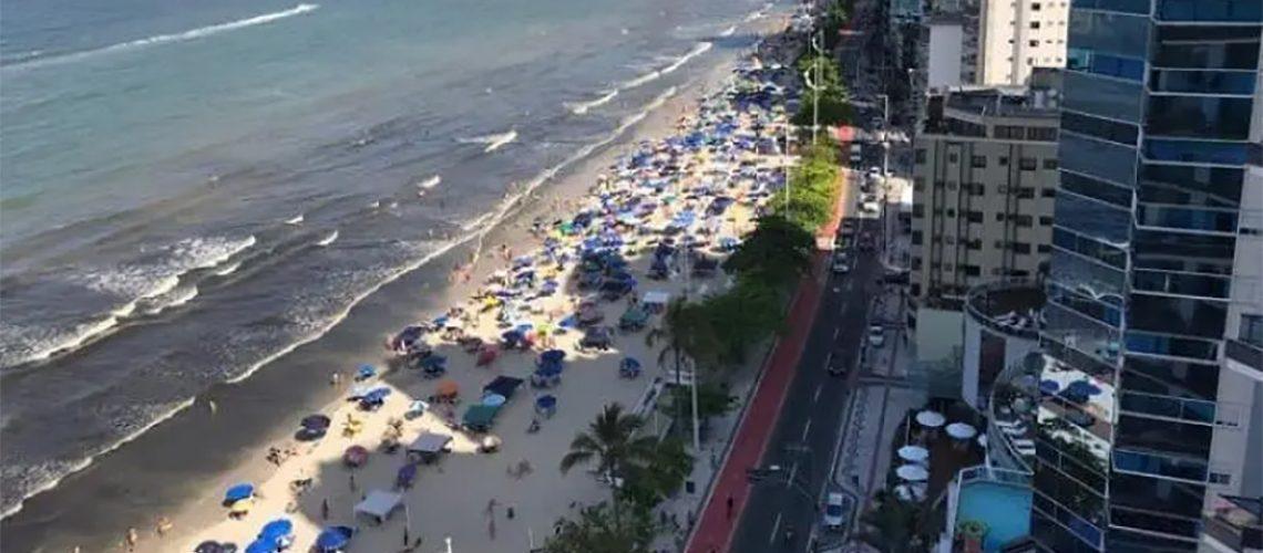 O projeto de alargamento da Praia Central prevê um aumento de aproximadamente 60 metros a serem incorporados na faixa de areia/Foto: Internet