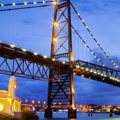 """Florianópolis, também chamada de """"Ilha da Magia"""", figura como um dos destinos mais buscados para o ano/Foto: Internet"""