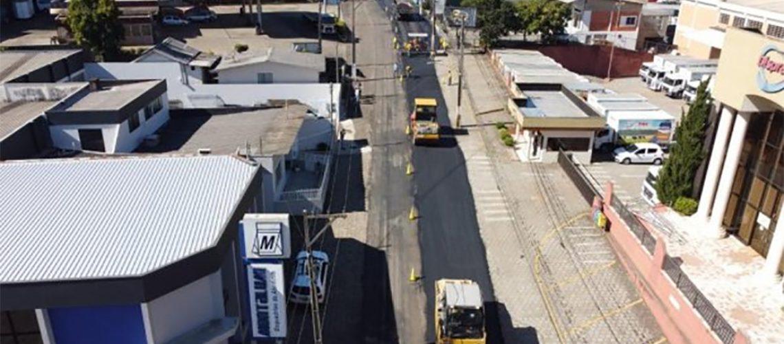 As obras de recuperação das vias que ligam os municípios de Joaçaba, Herval d'Oeste e Luzerna, estão acontecendo